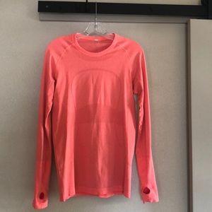 Lulu lemon long sleeve shirt